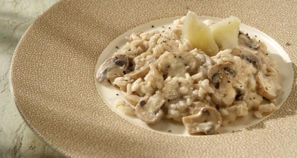 Ριζότο µε µανιτάρια και φρέσκο τυρί κρέµα