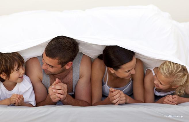 Πόσο αυστηρός πρέπει να είναι ο γονιός; Οι 3 προσεγγίσεις στην καθοδήγηση της συμπεριφοράς ενός παιδιού