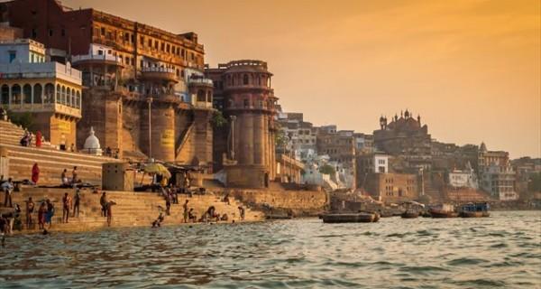 Ταξιδεύουμε σε πέντε ιδιαίτερες πόλεις της Ασίας