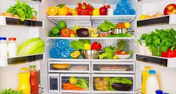 Το ιδανικό πλύσιμο σε φρούτα και λαχανικά και ο πραγματικός κίνδυνος στο τραπέζι μας