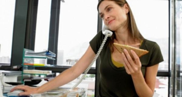 Πώς συνδυάζεται η σωστή διατροφή με το delivery