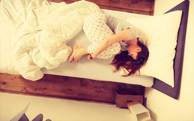 Πες μου πώς κοιμάσαι, να σου πω πού πονάς