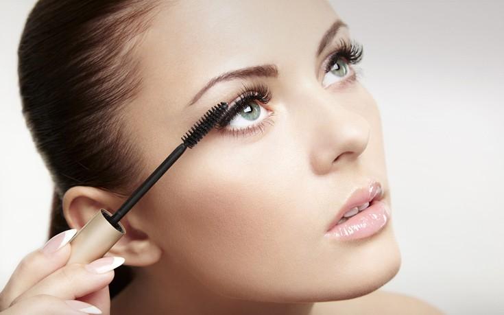 Τα μυστικά για ένα επιτυχημένο makeup σε συνέντευξη εργασίας