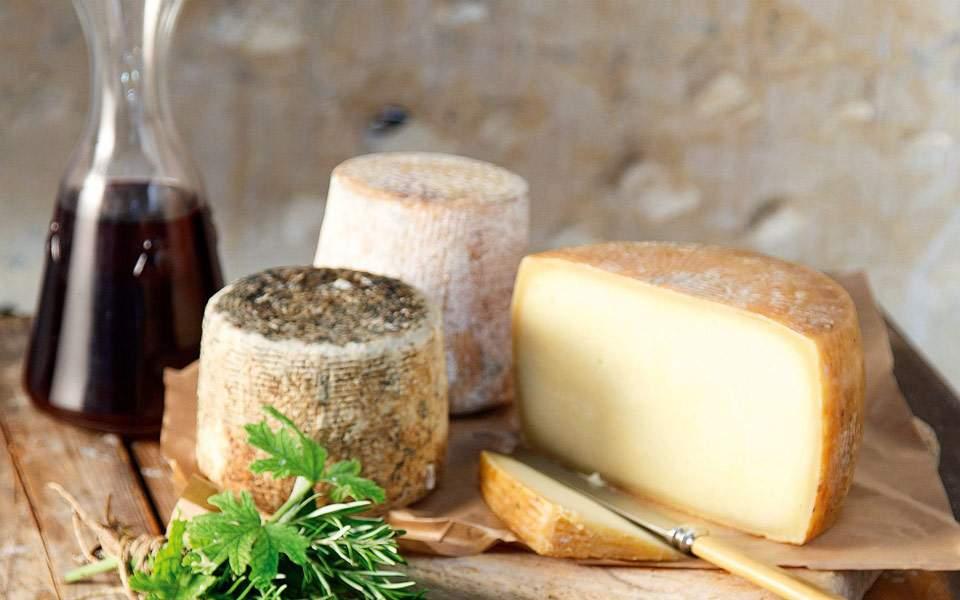 Ποιο είναι το τυρί που προσφέρει μακροζωία
