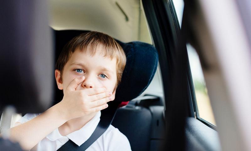 Παιδί και αδιαθεσία στο αυτοκίνητο: Πώς θα την προλάβετε