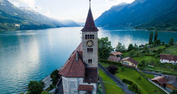 Μυστήριο και περιπέτεια μεταξύ των ελβετικών λιμνών