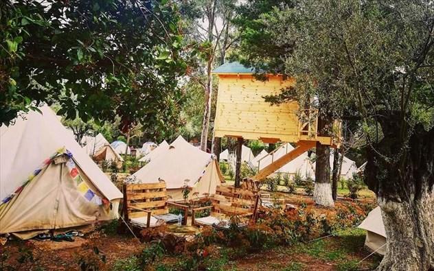 Διαφορετικά είδη διαμονής σε πέντε μέρη της Ελλάδας