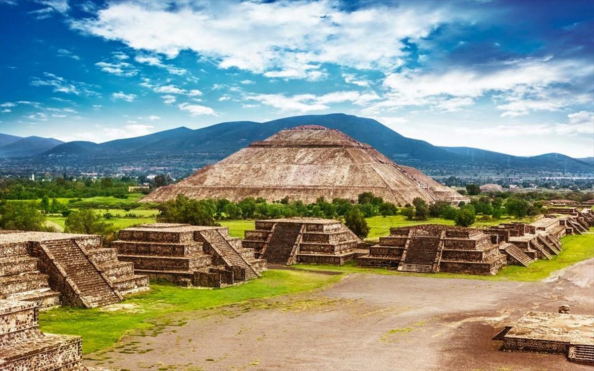 Ταξιδεύουμε σε μυστηριώδη μνημεία από αρχαίους πολιτισμούς του κόσμου