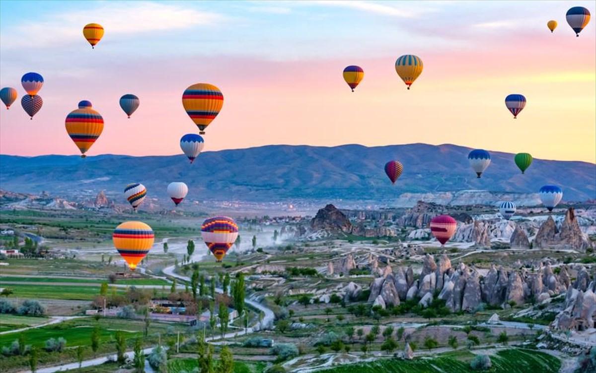 Πώς είναι μια βόλτα με αερόστατο στην Καππαδοκία;